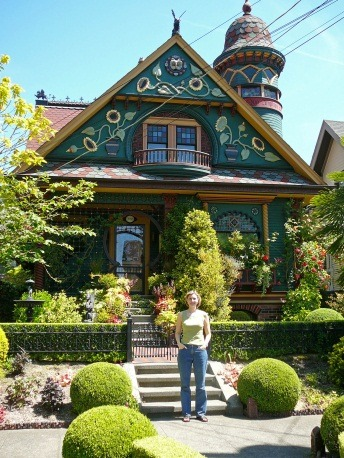 Stephanie Chumbley at the Knob Hill House in Queen Anne